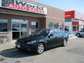 2010 Bmw 528i Xdrive 4 - Door 3.  0l photo
