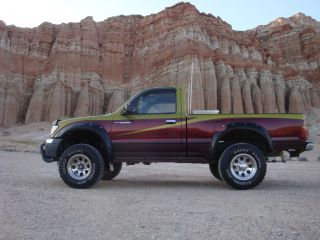 1998 Toyota Tacoma Dlx Standard Cab Pickup 2 - Door 2.  7l 4x4 photo