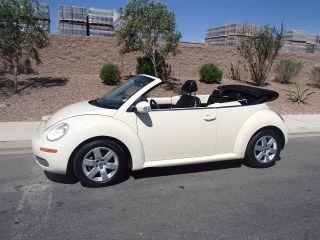 2007 Volkswagen Beetle 2.  5 Convertible 2 - Door 2.  5l Tan photo
