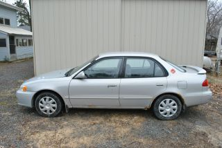 2002 Toyota Corolla photo