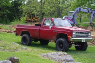 1984 Chevrolet K20 Custom Standard Cab Pickup 350 2 - Door Granny 4spd 4x4 photo