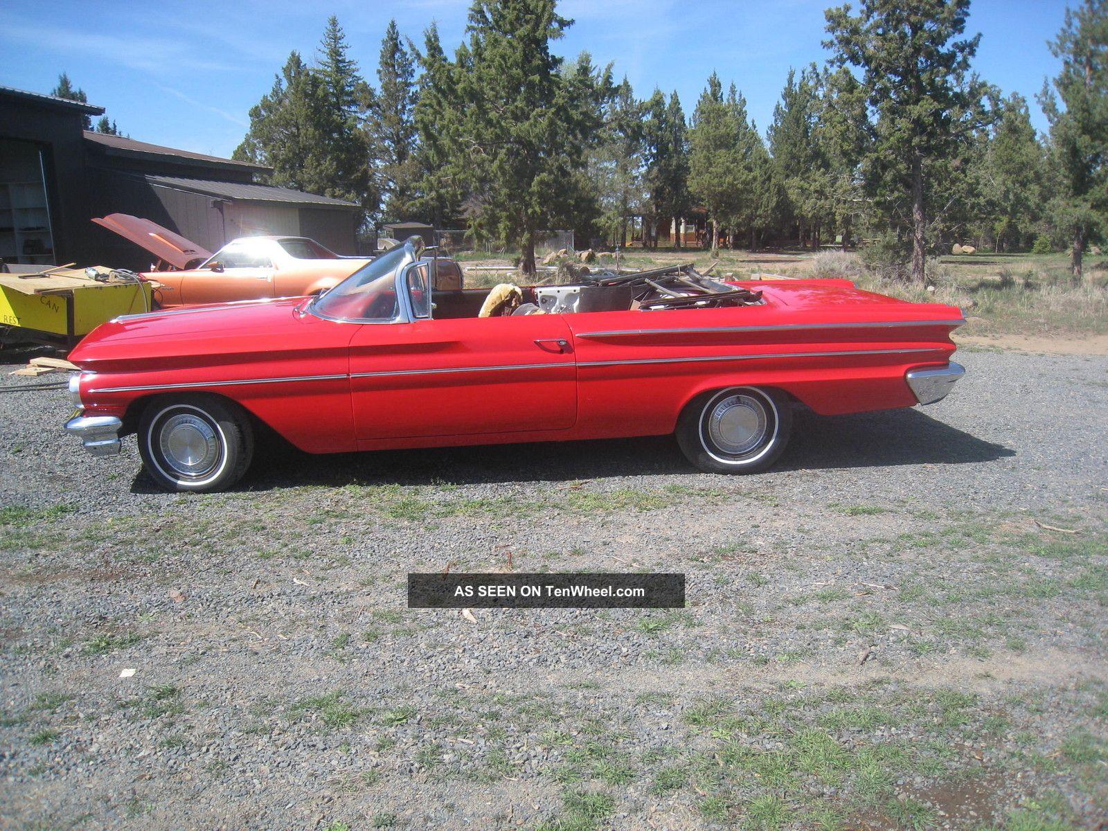 Barn Find 1960 Pontiac Catalina Convertible 2 Door