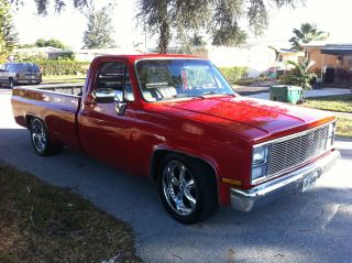 Completely 1985 Chevy Pickup Truck,  400 Small Block Chevy Engine Com photo