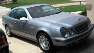 1998 Mercedes - Benz Clk320 Coupe 2 - Door 3.  2l photo