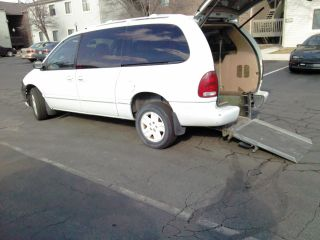 1997 Dodge Grand Caravan Handicap Wheelchair Van 4 - Door 3.  3l photo
