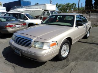 1998 Ford Crown Victoria, photo