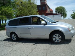 2006 Kia Sedona Lx photo