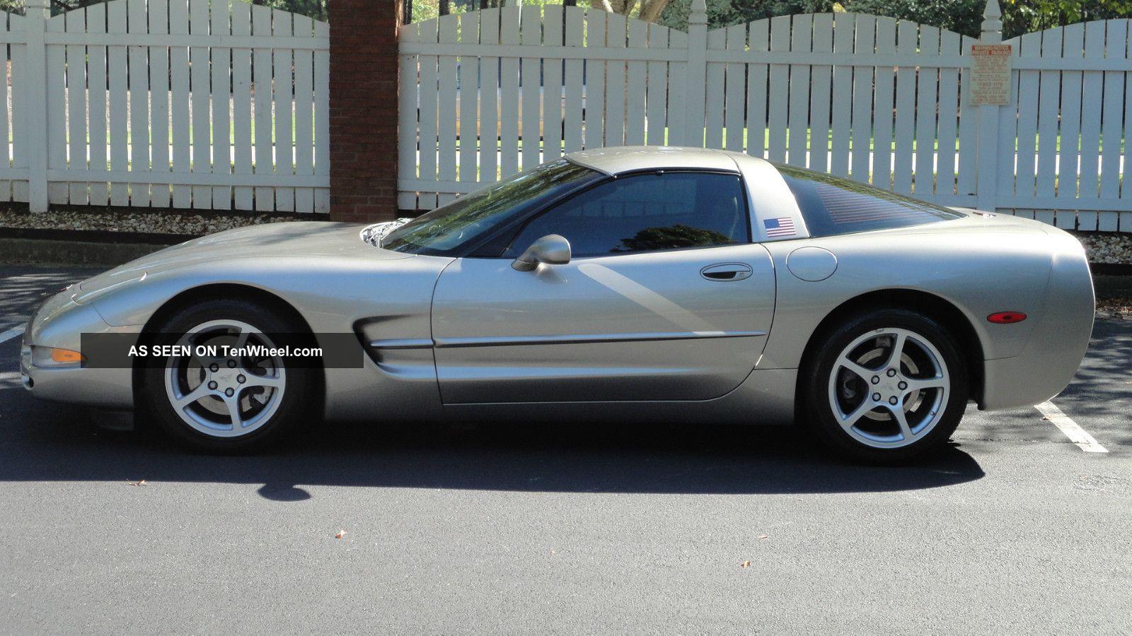 2000 Chevrolet Corvette Hatchback 5.  7l Corvette photo