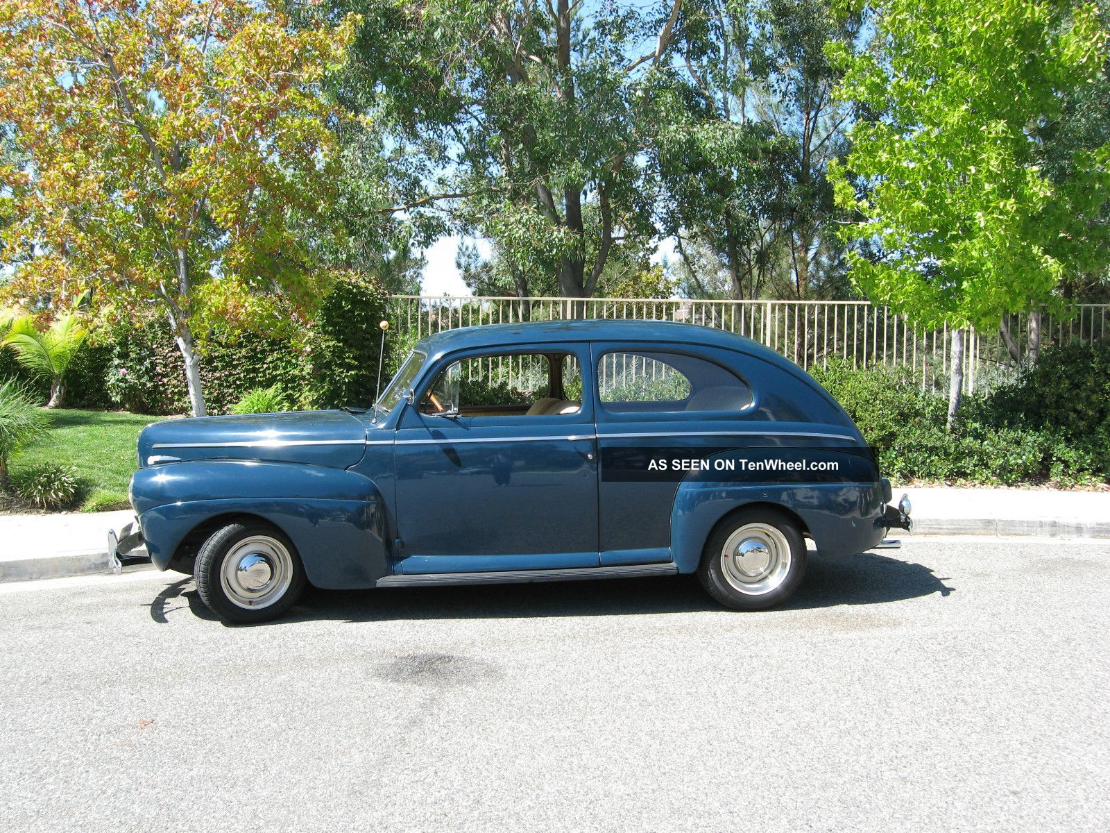 1941 Ford Tudor Sedan Classic Deluxe Other Photo 1