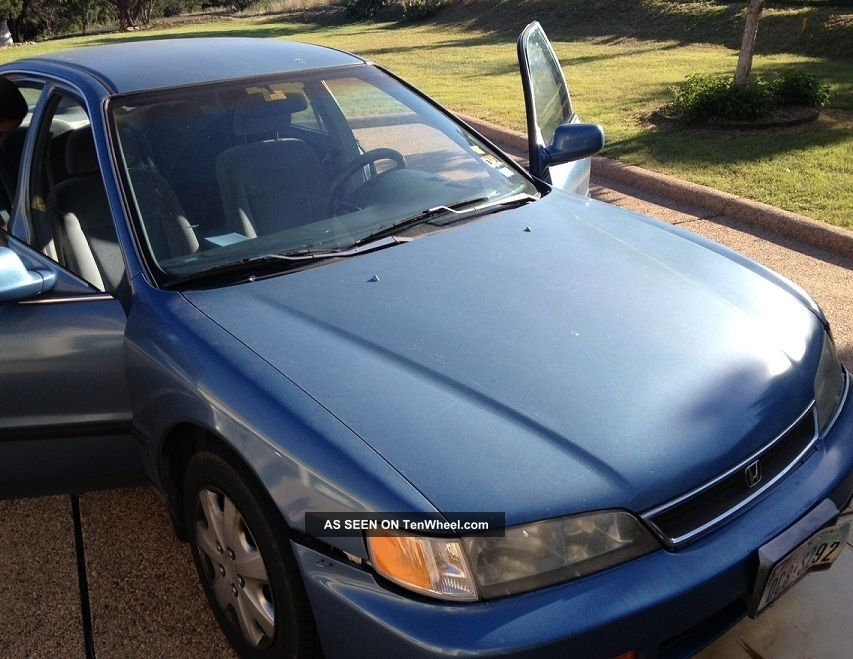 1996 Honda Accord Lx,  Reliable,  Everything Works Accord photo