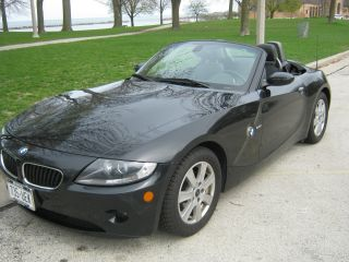 2005 Bmw Z4 2.  5i Convertible 2 - Door 2.  5l photo