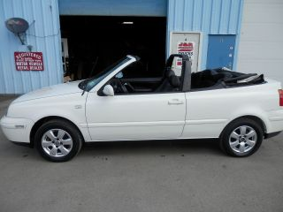 2002 Volkswagon Cabrio Glx 5spd photo