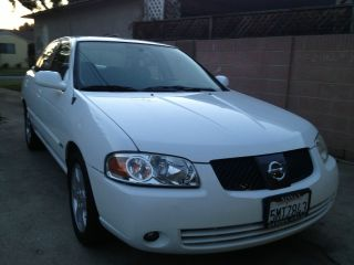 2005 Nissan Sentra Special Edition Only 40k. photo