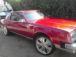 1982 Buick Riviera Classic Candy Red Black 2 Door Chevy Engine Custom Donk photo