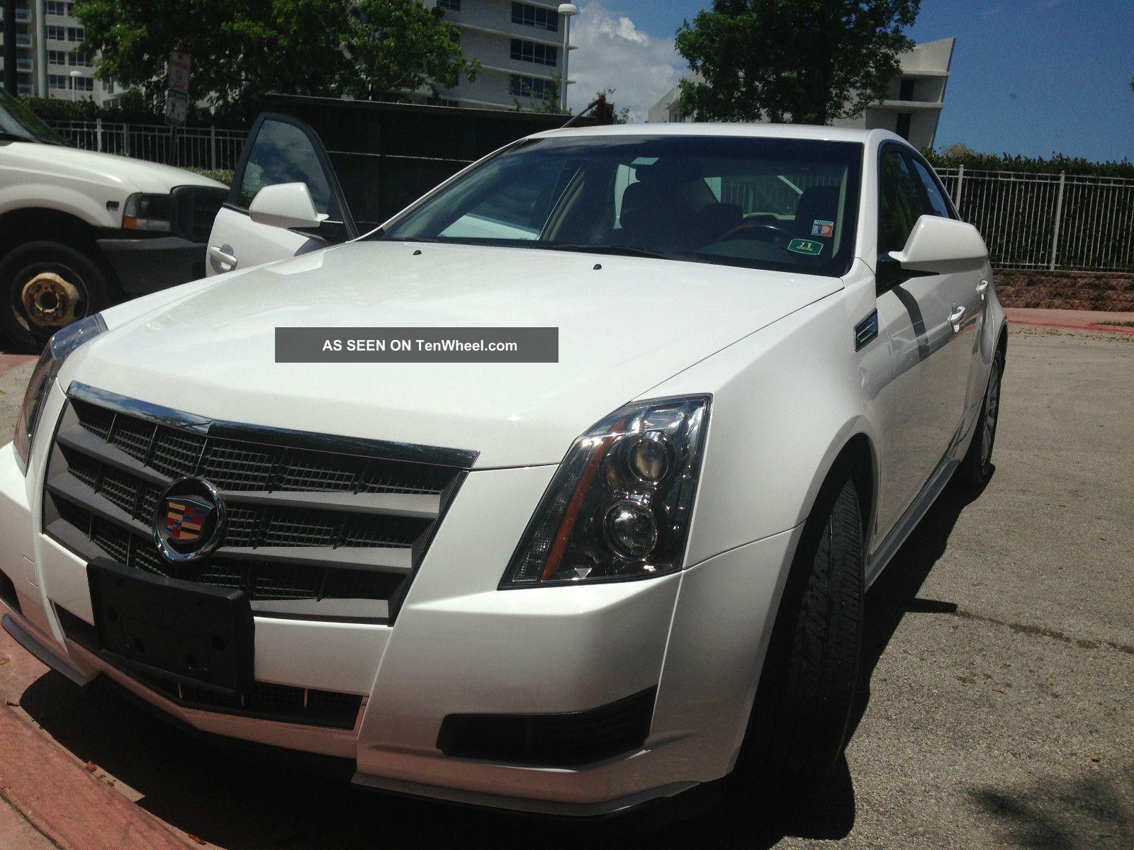 2010 Cadillac Cts Luxury Sedan 4 - Door 3.  0l CTS photo