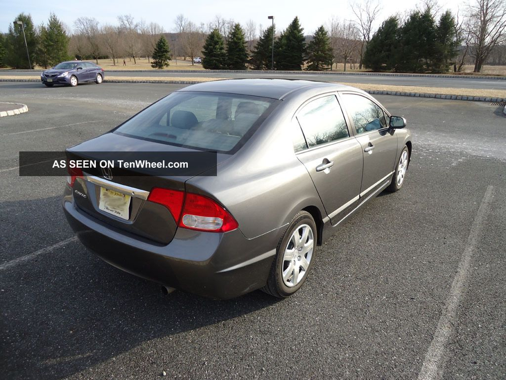 2011 honda civic lx sedan 5 spd manual 4 door. Black Bedroom Furniture Sets. Home Design Ideas