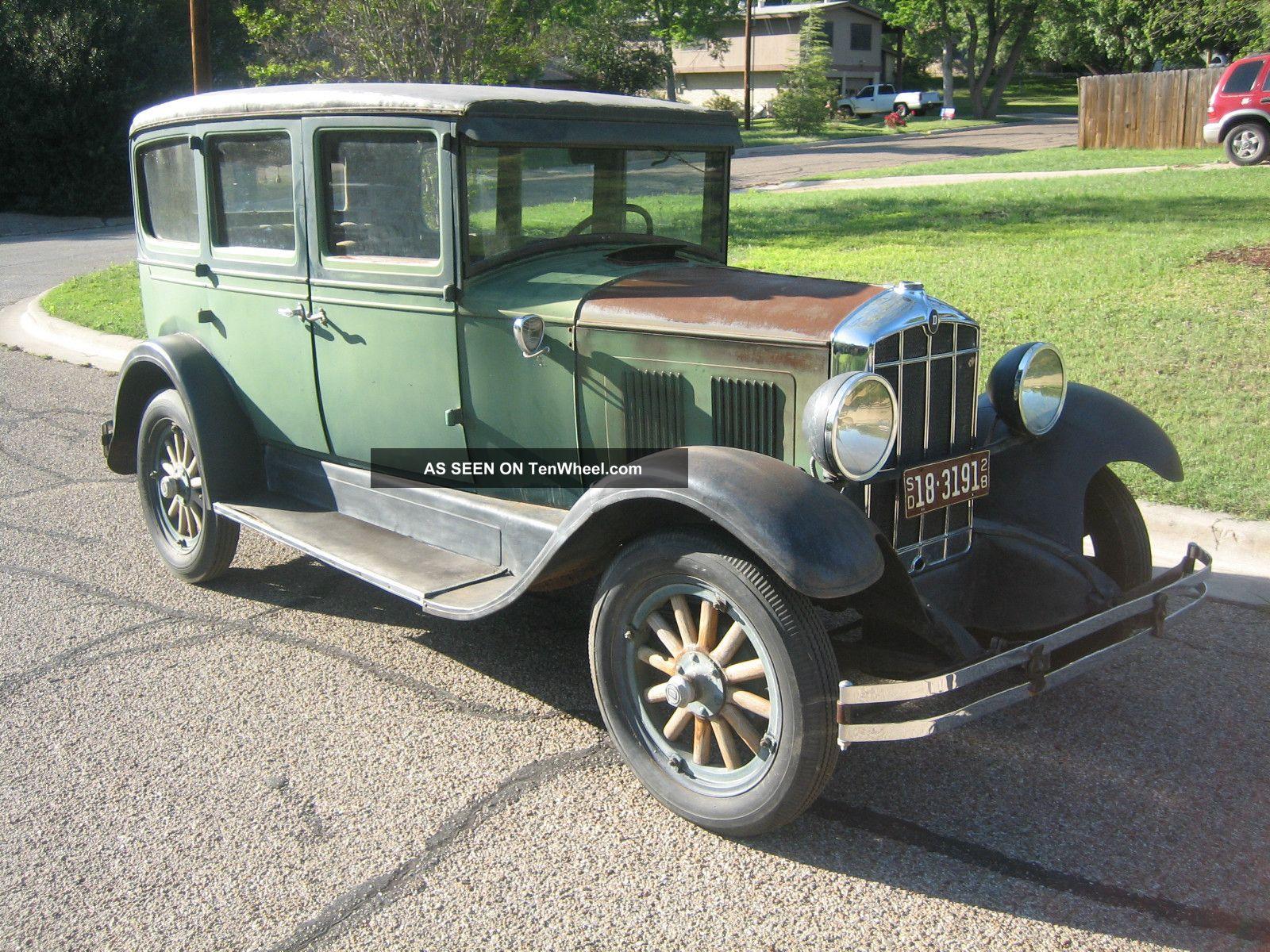1928 durant d60 4 door sedan for 1928 chevrolet 2 door coupe