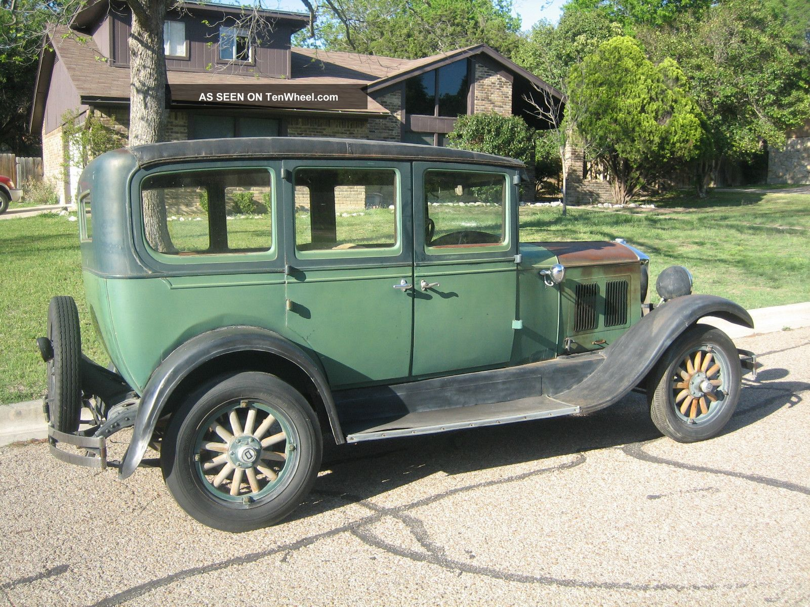 1928 durant d60 4 door sedan for 1928 chevrolet 2 door sedan
