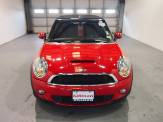 2010 Mini Cooper S Convertible 2 - Door 1.  6l photo