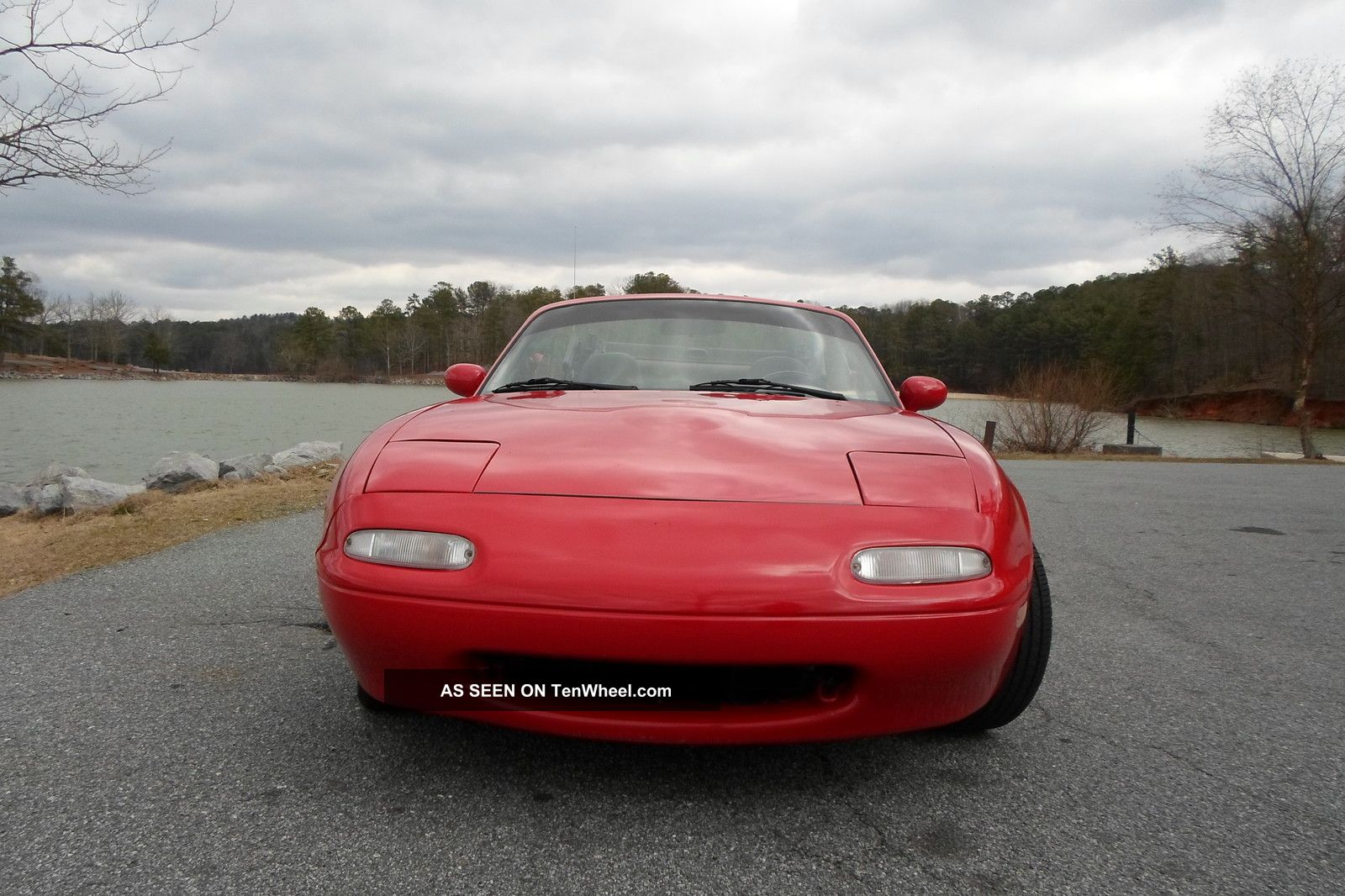 1990 Mazda Miata Base Convertible 2 - Door 1. 6l