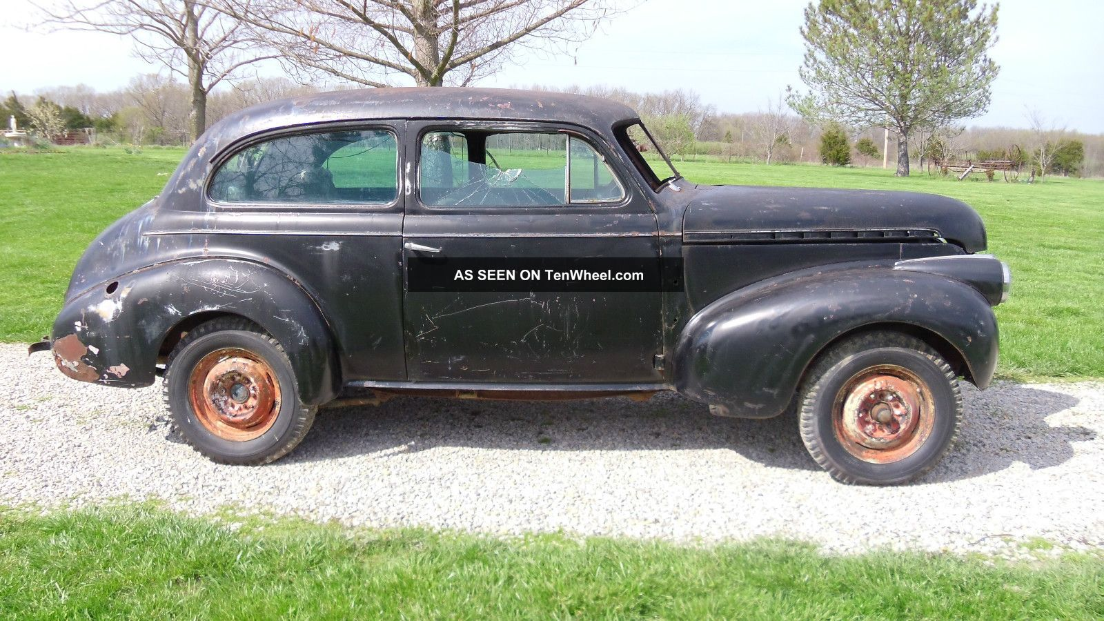 1940 chevy 2 door sedan for restoration