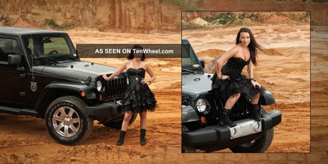 2012 Jeep Wrangler Unlimited Sahara Sport Utility 4 Door