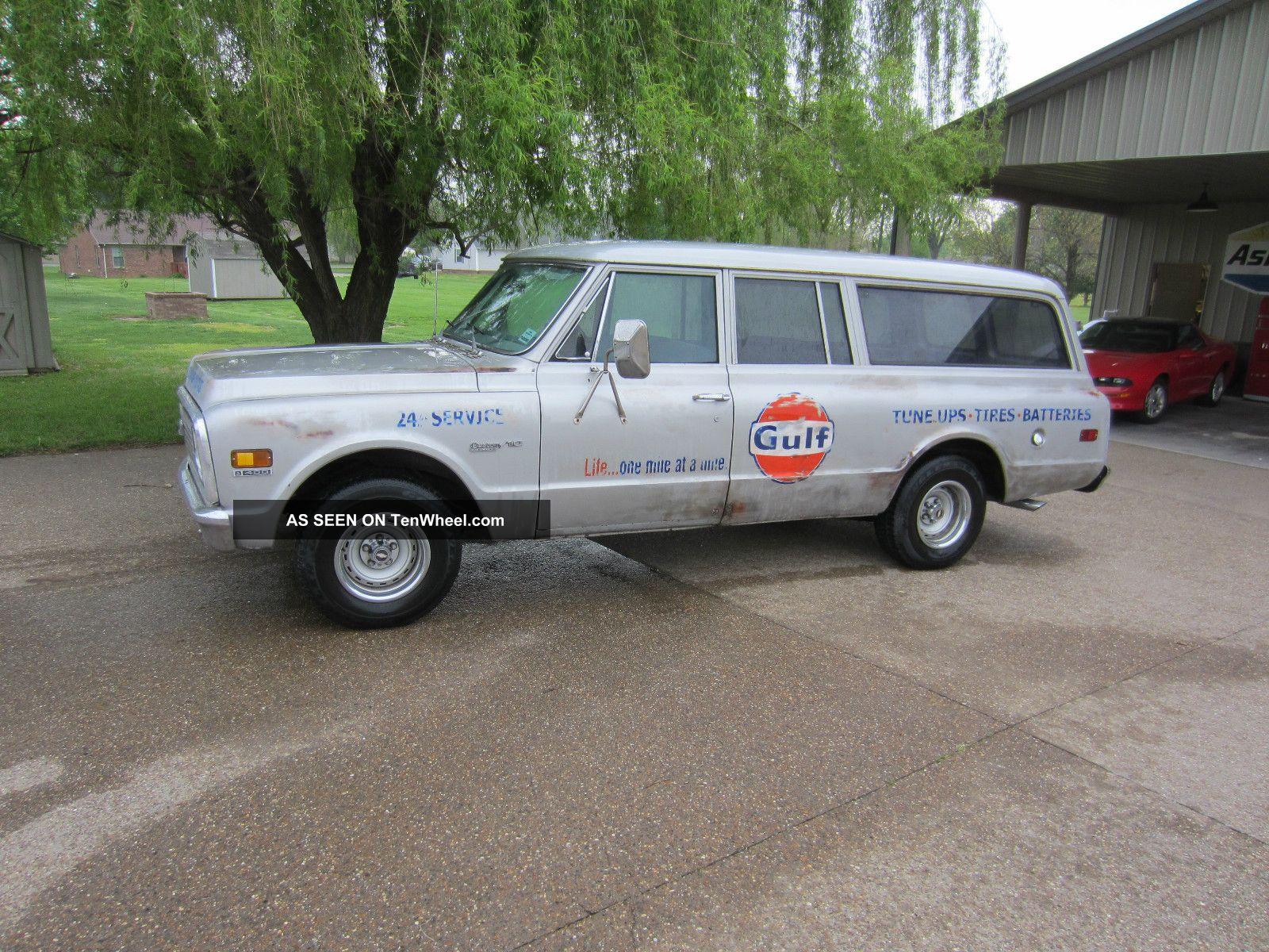 1972 chevy 3 door suburban gulf shop truck cool patina for 10 door suburban