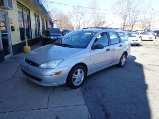2001 Ford Focus Se Wagon 4 - Door 2.  0l photo