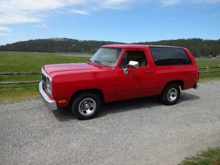 1993 Ramcharger 2wd Cool photo
