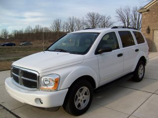 2004 Dodge Durango Slt Sport Utility 4 - Door 4.  7l photo