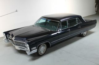 1967 Cadillac Fleetwood Series 75 Absolutely In Admiralty Blue photo