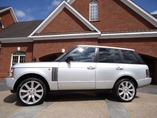 2004 Land Rover Range Rover Hse Sport Utility 4 - Door 4.  4l photo