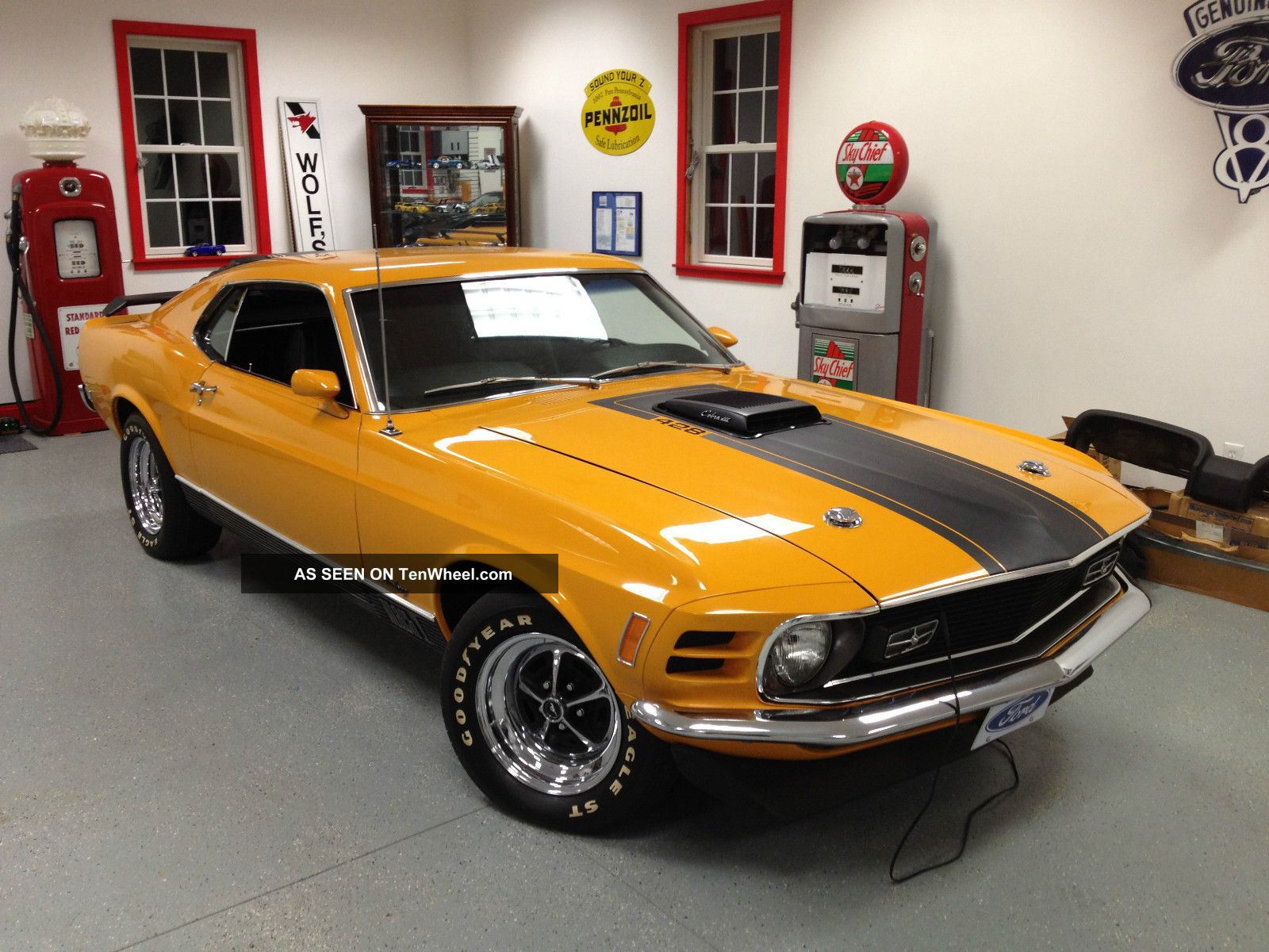 1970 Cobra Jet Mach 1 Mustang photo
