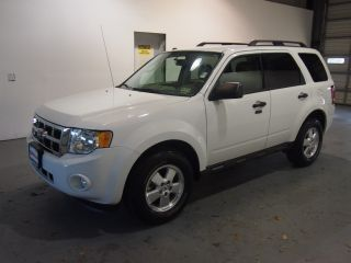 2011 Ford Escape Xlt Sport Utility 4 - Door 2.  5l photo