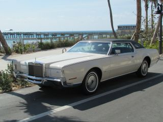 1972 Lincoln Continental Mark Iv 2 Owner Car photo