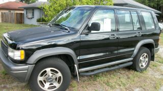 1996 Isuzu Trooper 4x4,  3.  2 V - 6,  Automatic Transmission photo