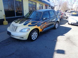 2001 Chrysler Pt Cruiser Base Wagon 4 - Door 2.  4l photo