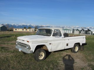 1966 Chevy Truck 4x4 photo