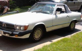 1986 Mercedes - Benz 560sl Convertable photo