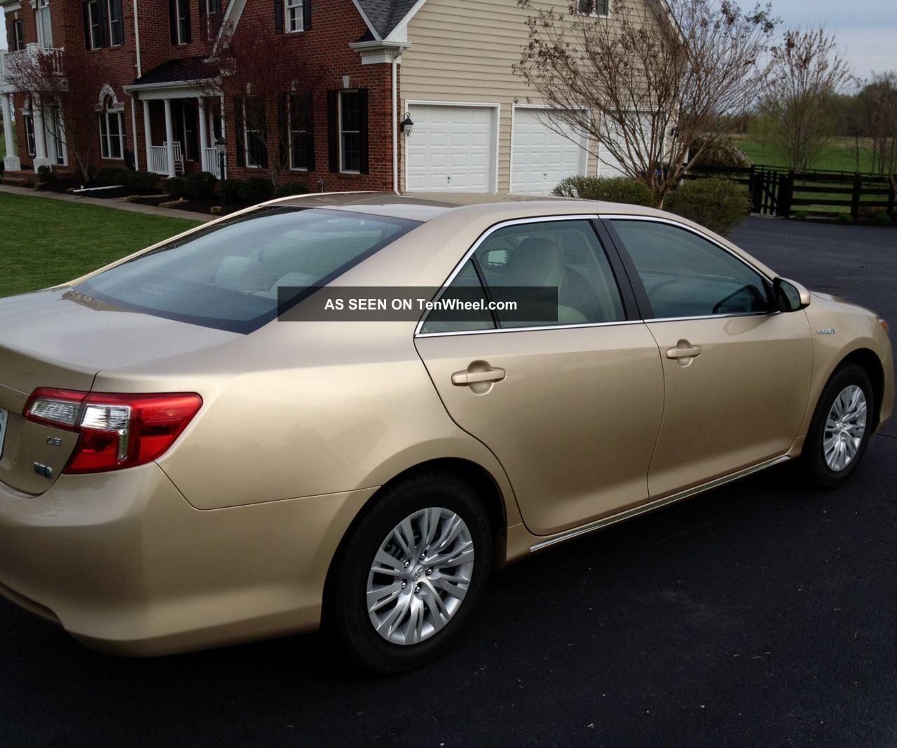 2012 Toyota Camry Hybrid Le Sedan Gold 4 Door