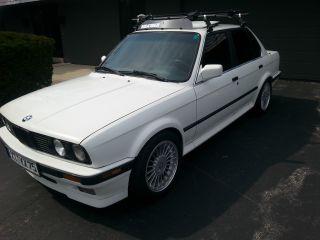 1991 Bmw E30 325ix Base Sedan 4 - Door 2.  5l 16