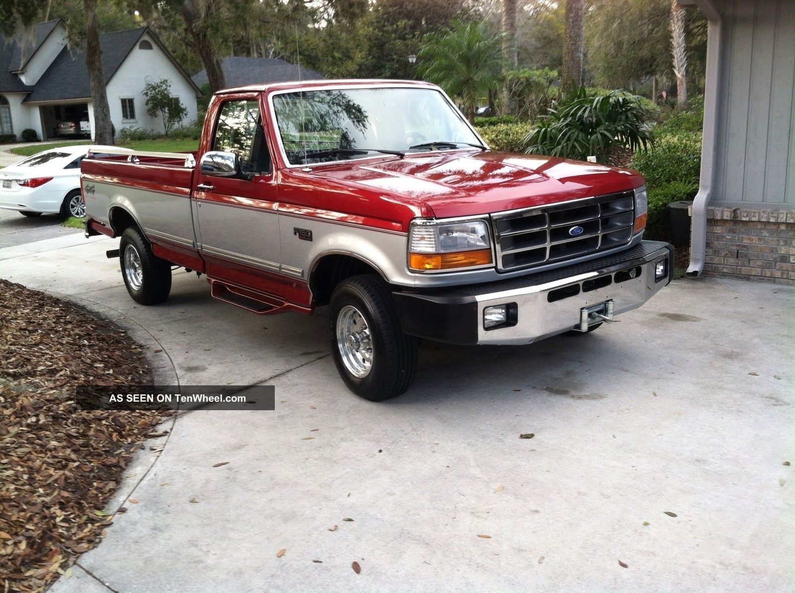 1996 Ford F - 150 Xlt Standard Cab Pickup 2 - Door 5.  8l F-150 photo