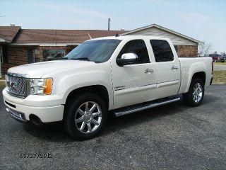 2012 Gmc Sierra Denali Crew Cab All Wheel Drive photo