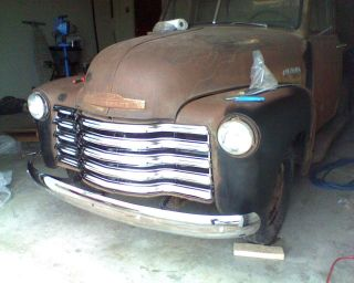 1952 Chevy Pickup photo