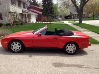 1990 Red Porsche Cabriolet 944s2 photo
