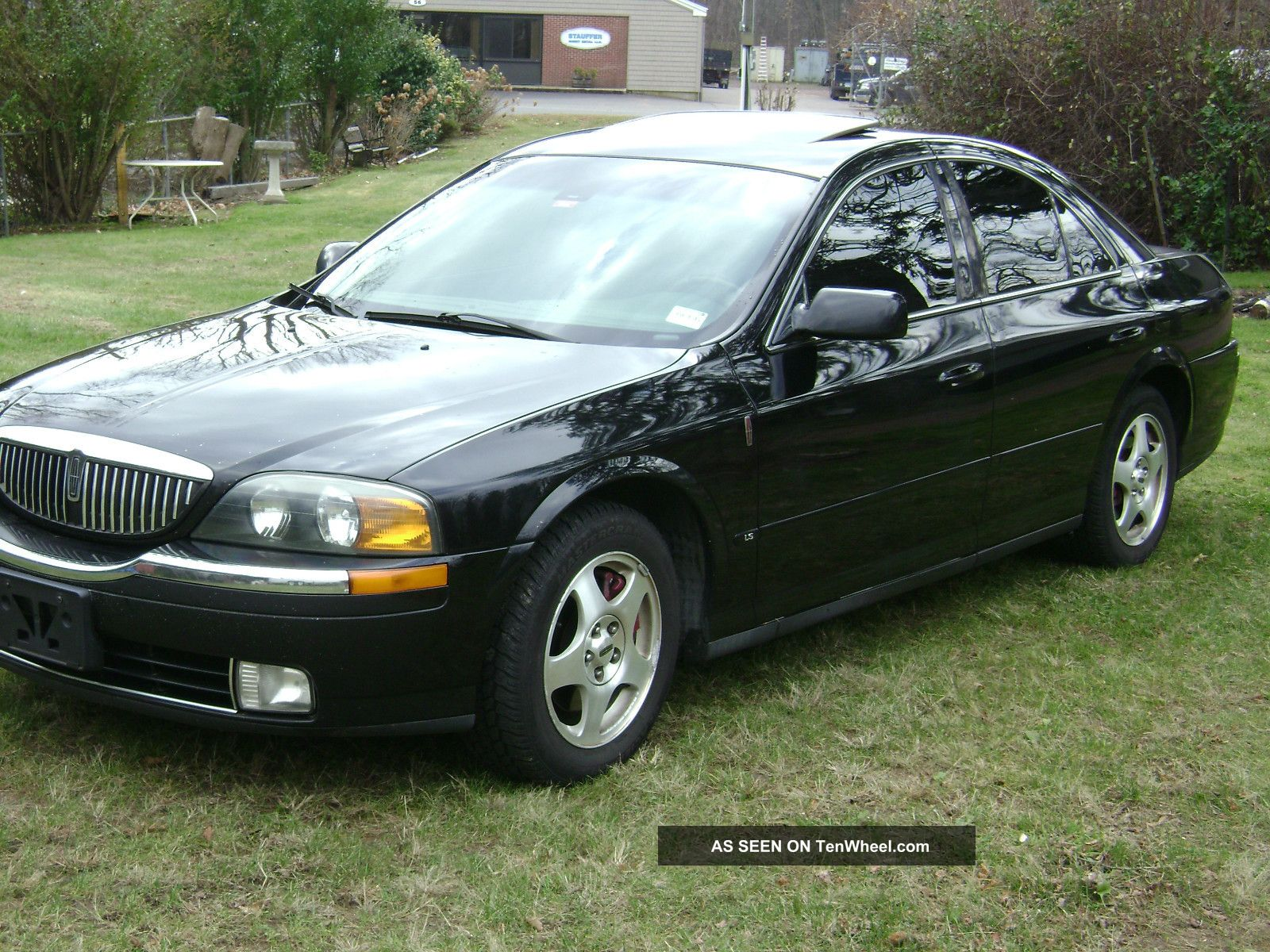 2001 Lincoln Ls Base Sedan 4 - Door 3.  9l V8 LS photo
