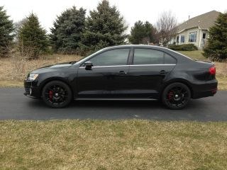 2012 Volkswagen Jetta Gli Sedan 4 - Door 2.  0l Four 4 Cylinder Gti 2.  0t Turbo 2.  0 photo