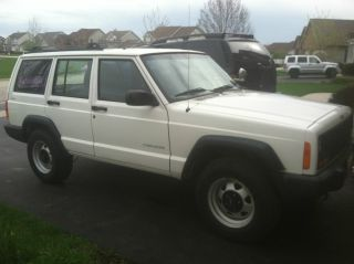 2000 Jeep Cherokee Se Sport Utility 4 - Door 4.  0l photo