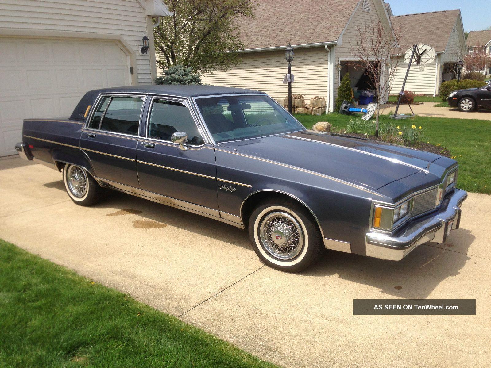 1983 Oldsmobile 98 4dr Sedan Regency Blue Landau Top Ninety-Eight photo