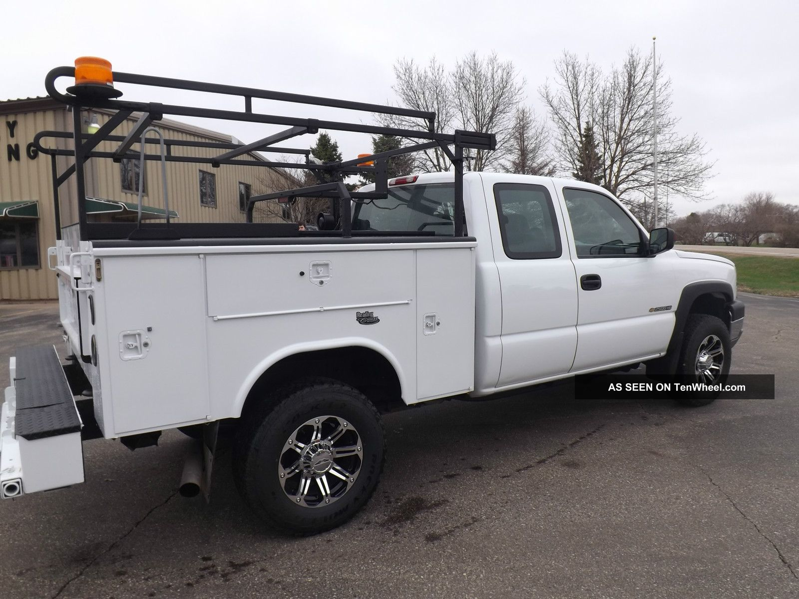 Utility Truck Bumpers : Chevy hd xcab  ft service utility